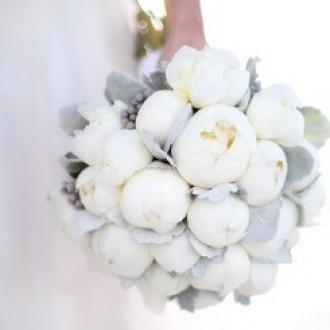 V-kakom-cvete-sdelat'-svad'bu-v-2016-godu-novinki-100-foto_1 (53)