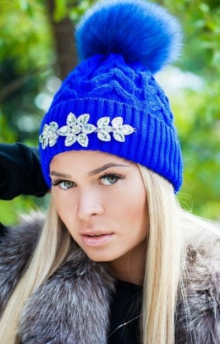 Modnye-golovnye-ubory-osen'-zima-2016-2017-novinki-foto_1 (15)