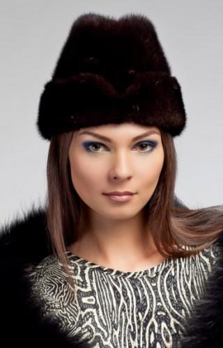 Modnye-golovnye-ubory-osen'-zima-2016-2017-novinki-foto_1 (32)