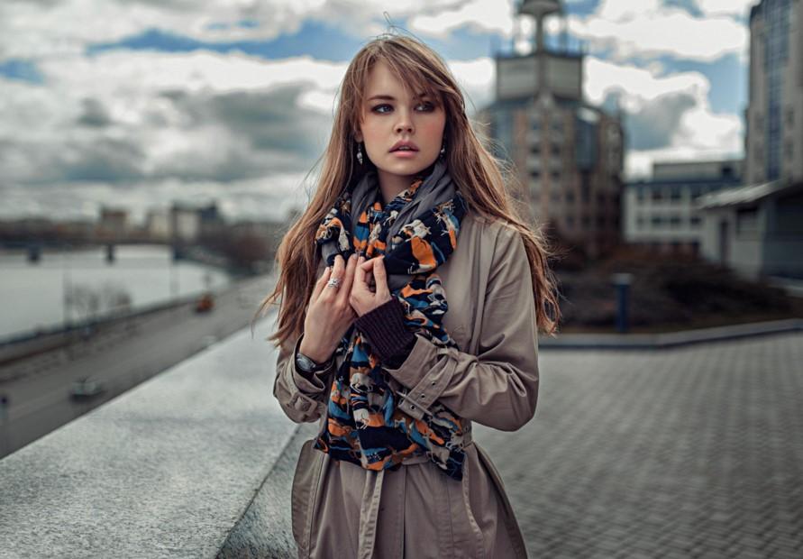 Modnye-plashhi-vesna-leto-2017-novinki-foto_1 (1)