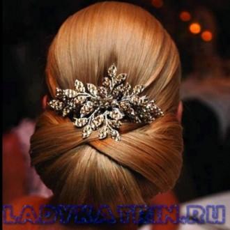 Modnye svadebnye pricheski 2018 (28)